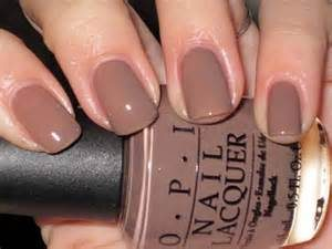 nails brown